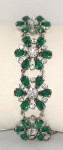 Sophisticated 'emerald' and ice bracelet